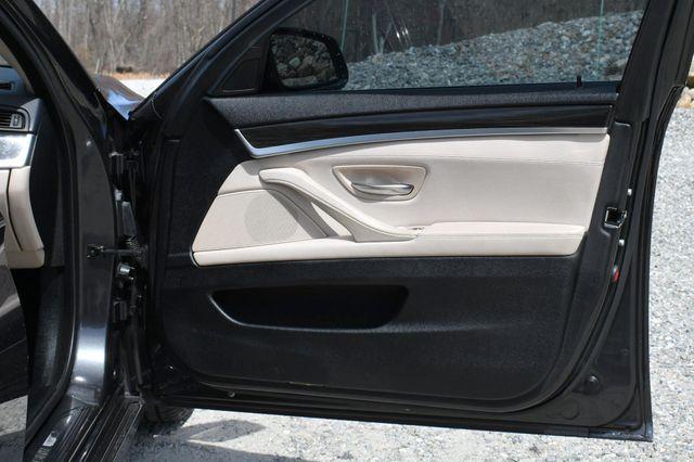 2013 BMW 528i xDrive Naugatuck, Connecticut 12