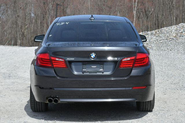 2013 BMW 528i xDrive Naugatuck, Connecticut 5