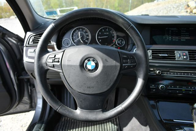 2013 BMW 528i xDrive Naugatuck, Connecticut 23