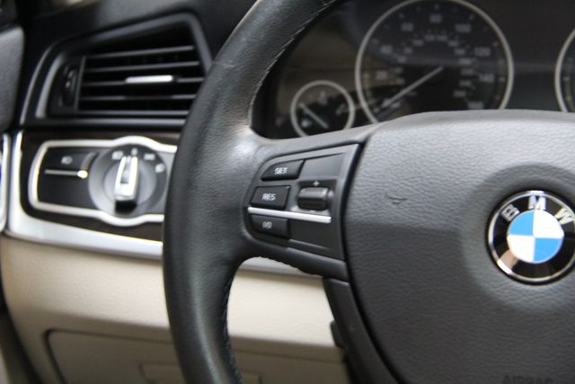 2013 BMW 528i xDrive Richmond, Virginia 9