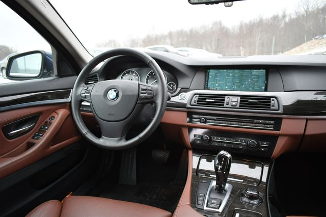 2013 BMW 550i xDrive Naugatuck, Connecticut 15