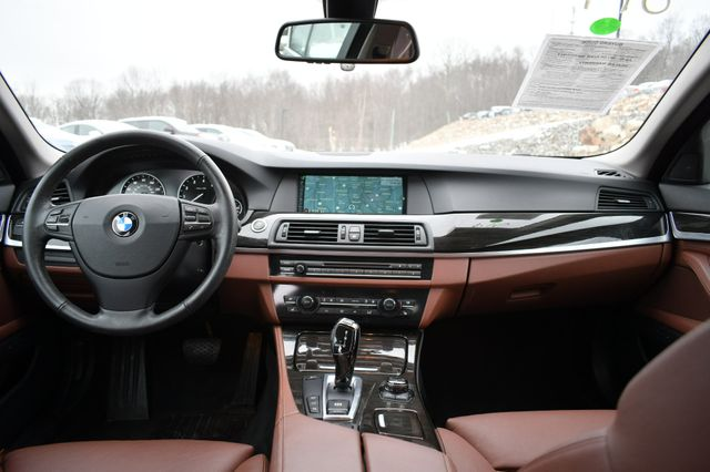 2013 BMW 550i xDrive Naugatuck, Connecticut 16