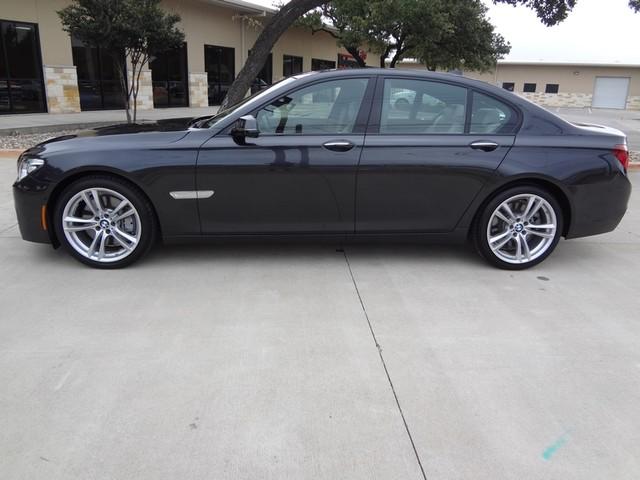 2013 BMW 750i Austin , Texas 11