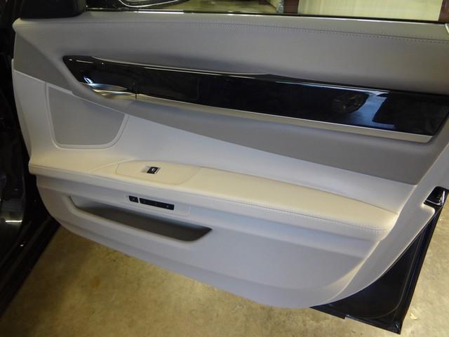 2013 BMW 750i Austin , Texas 27