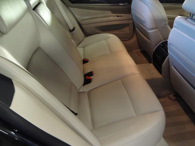 2013 BMW 750i Austin , Texas 26