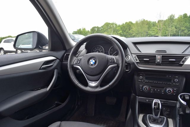 2013 BMW X1 xDrive28i Naugatuck, Connecticut 14
