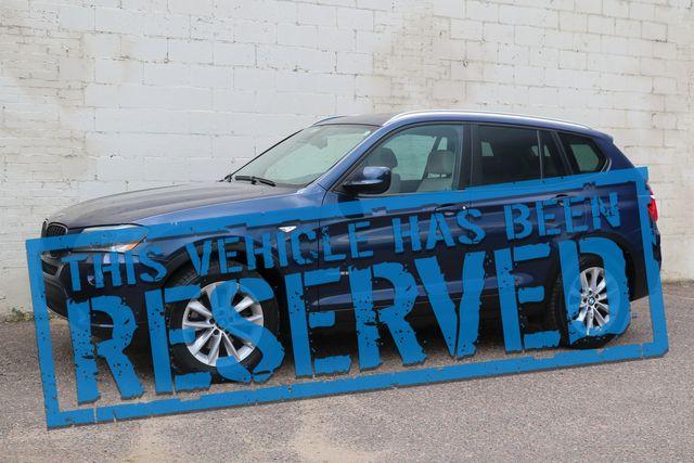 2013 BMW X3 xDrive28i AWD w/Technology Pkg, Nav, Panoramic Roof, Heated Seats & B.T. Audio