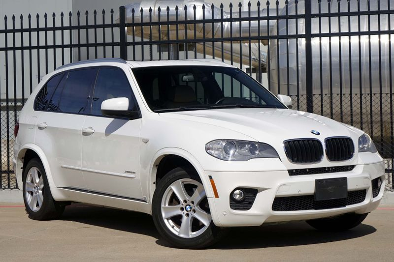 2013 BMW X5 xDrive35i Sport Activity M Sport* Pano Roof* BU Cam* NAV* EZ Finance** | Plano, TX | Carrick's Autos in Plano TX