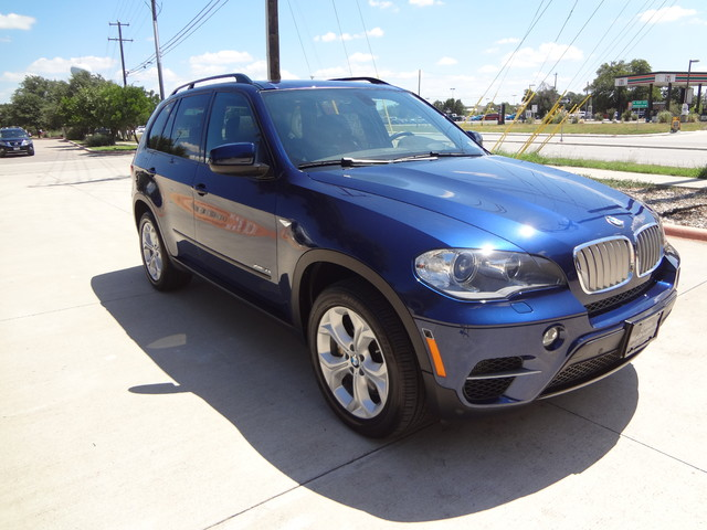 2013 BMW X5 xDrive50i Austin , Texas 6