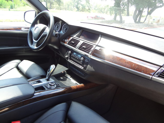 2013 BMW X5 xDrive50i Austin , Texas 24