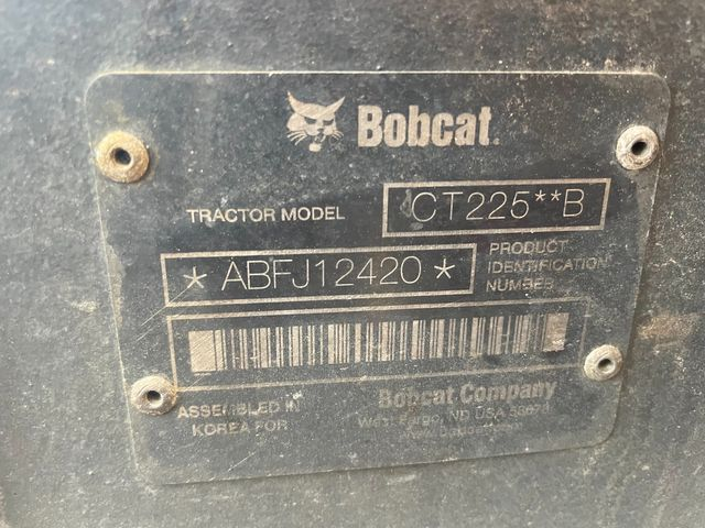 2013 Bobcat CT225B Hoosick Falls, New York 4