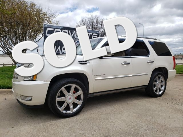 2013 Cadillac Escalade Luxury Auto, NAV, Sunroof, Rear Ent.,Chromes 145k | Dallas, Texas | Corvette Warehouse  in Dallas Texas