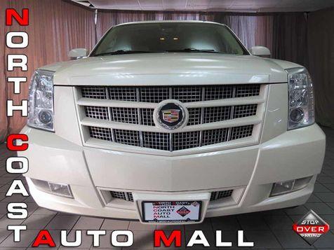 2013 Cadillac Escalade ESV Premium in Akron, OH