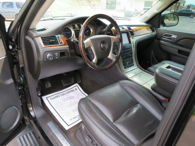 2013 Cadillac Escalade ESV Platinum Edition Batesville, Mississippi 21