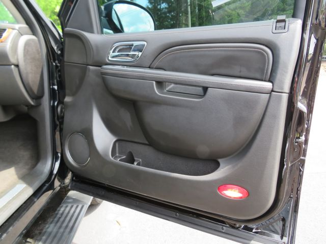 2013 Cadillac Escalade ESV Platinum Edition Batesville, Mississippi 37