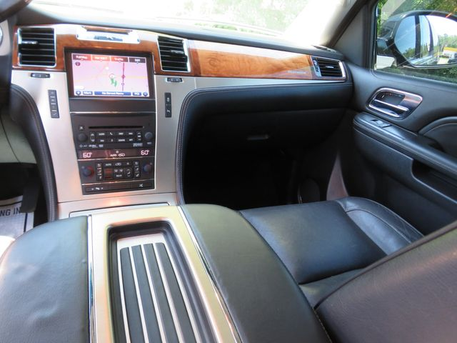 2013 Cadillac Escalade ESV Platinum Edition Batesville, Mississippi 27