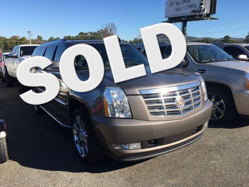 2013 Cadillac Escalade ESV Luxury | Little Rock, AR | Great American Auto, LLC in Little Rock AR