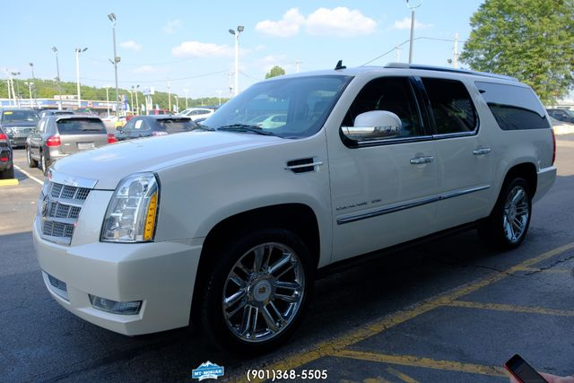 2013 Cadillac Escalade ESV Platinum Edition in Memphis, Tennessee 38115