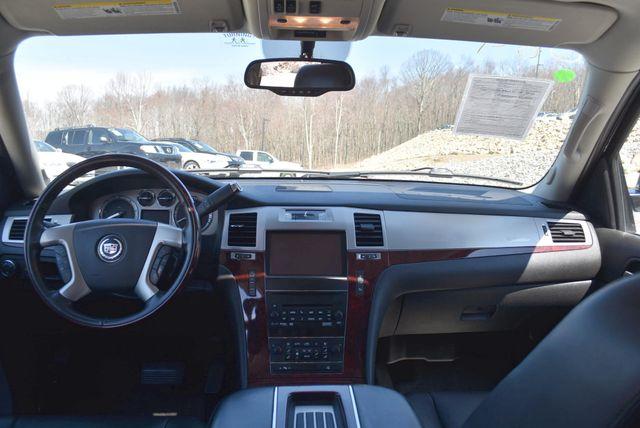 2013 Cadillac Escalade ESV Premium Naugatuck, Connecticut 15