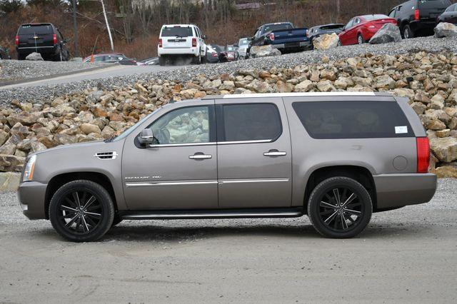 2013 Cadillac Escalade ESV Luxury Naugatuck, Connecticut 1