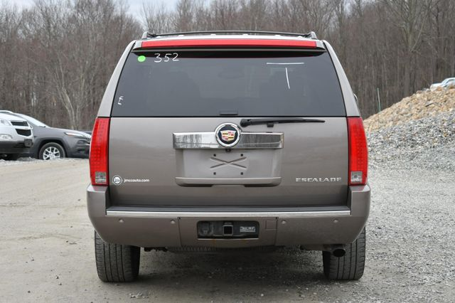 2013 Cadillac Escalade ESV Luxury Naugatuck, Connecticut 3