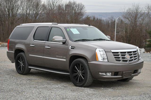 2013 Cadillac Escalade ESV Luxury Naugatuck, Connecticut 6
