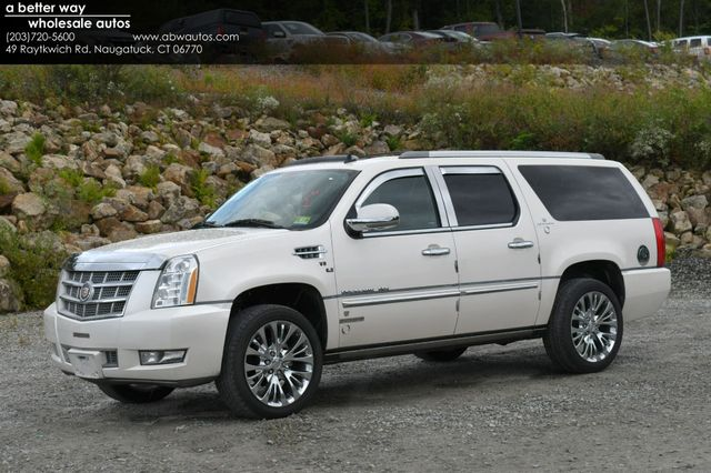 2013 Cadillac Escalade ESV Platinum Edition AWD Naugatuck, Connecticut