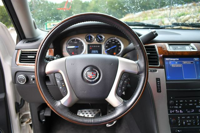 2013 Cadillac Escalade ESV Platinum Edition AWD Naugatuck, Connecticut 21