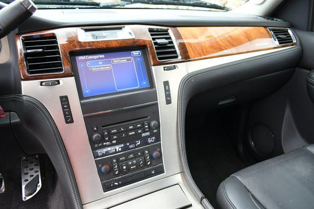 2013 Cadillac Escalade ESV Platinum Edition AWD Naugatuck, Connecticut 22