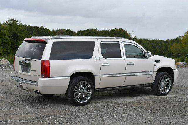 2013 Cadillac Escalade ESV Platinum Edition AWD Naugatuck, Connecticut 6
