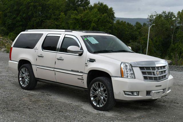2013 Cadillac Escalade ESV Platinum Edition AWD Naugatuck, Connecticut 8