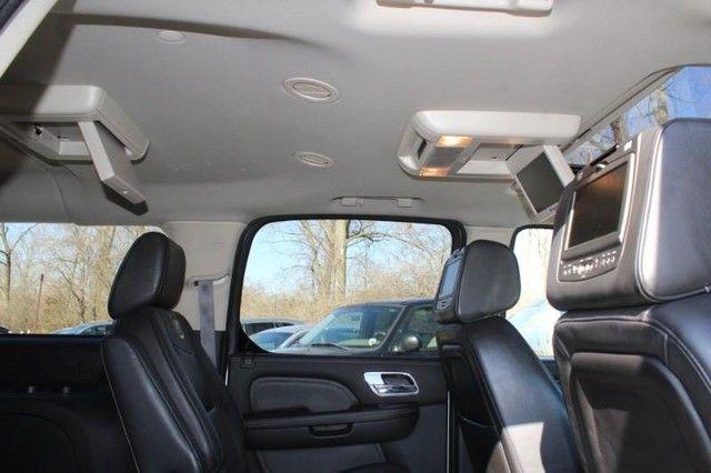 2013 Cadillac Escalade ESV Platinum Edition St. Louis, Missouri 11