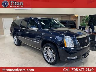 2013 Cadillac Escalade ESV Platinum Edition in Worth, IL 60482