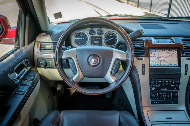 2013 Cadillac Escalade Platinum Edition in Memphis, Tennessee 38115