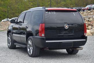 2013 Cadillac Escalade Luxury Naugatuck, Connecticut 2