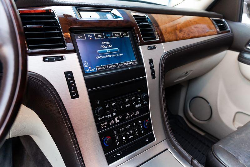 2013 Cadillac Escalade Platinum Edition in Rowlett, Texas