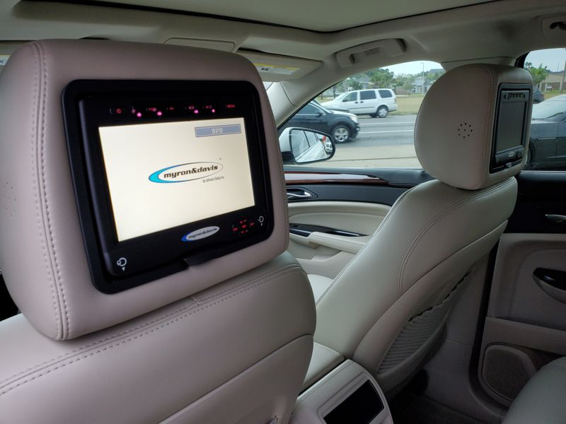 2013 Cadillac SRX Performance Collection  Brownsville TX  English Motors  in Brownsville, TX