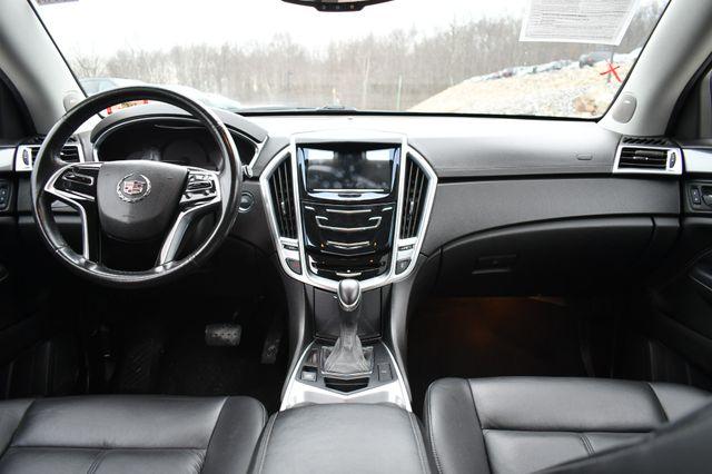 2013 Cadillac SRX FWD Naugatuck, Connecticut 17