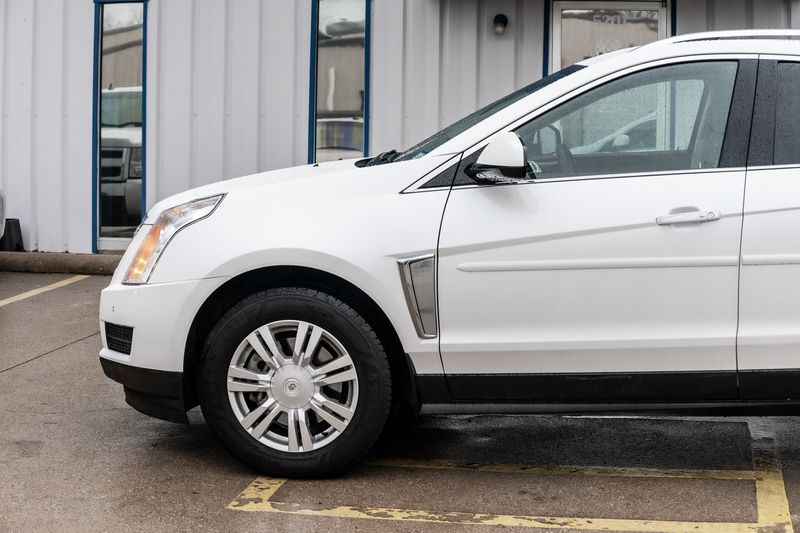 2013 Cadillac SRX LUXURY COLLECTION WHITE ON TAN LEATHER VERY NICE!! in Rowlett, Texas