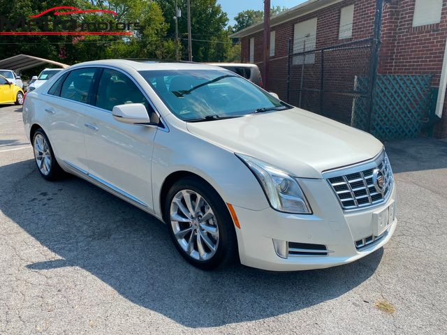 2013 Cadillac XTS Premium in Knoxville, Tennessee 37917