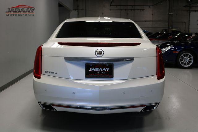 2013 Cadillac XTS Premium Merrillville, Indiana 3