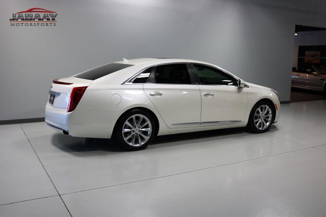 2013 Cadillac XTS Premium Merrillville, Indiana 42