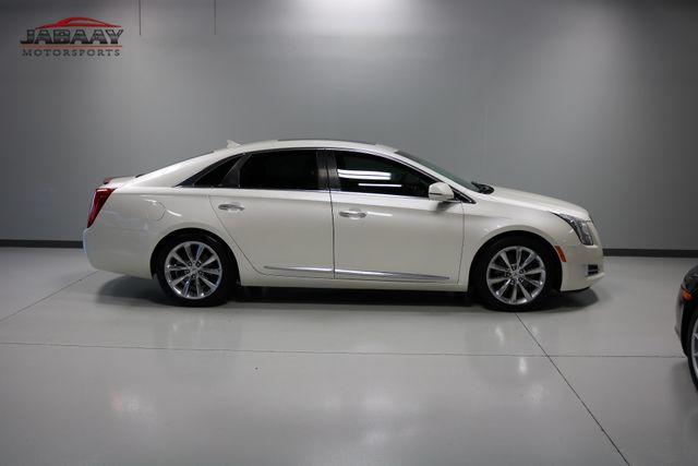 2013 Cadillac XTS Premium Merrillville, Indiana 44