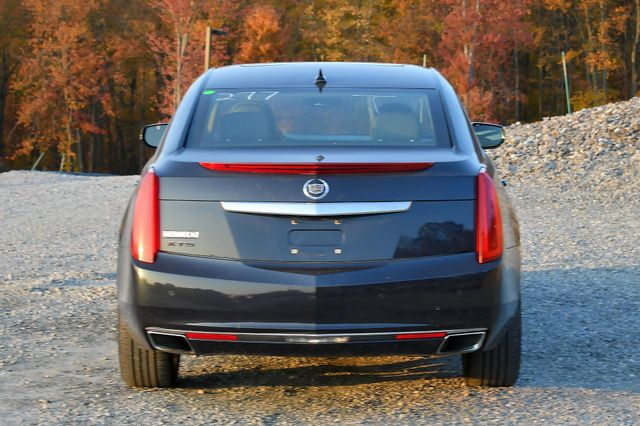 2013 Cadillac XTS Luxury Naugatuck, Connecticut 3