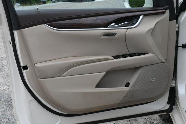 2013 Cadillac XTS Premium Naugatuck, Connecticut 18