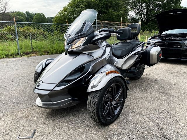 2013 Can-Am Spyder ST-S Madison, NC 5