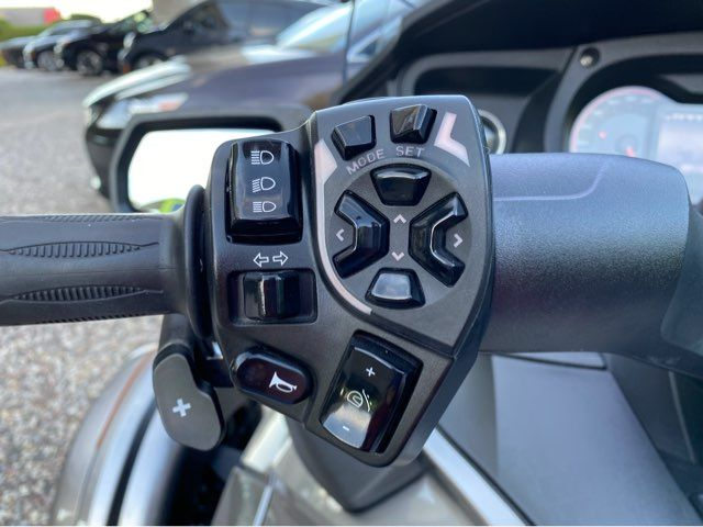 2013 Can-Am Spyder RT-S in McKinney, TX 75070