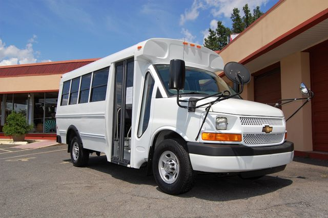 2013 Chevrolet 15 Pass. Activity Bus Charlotte, North Carolina 1