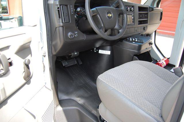 2013 Chevrolet 15 Pass. Activity Bus Charlotte, North Carolina 4