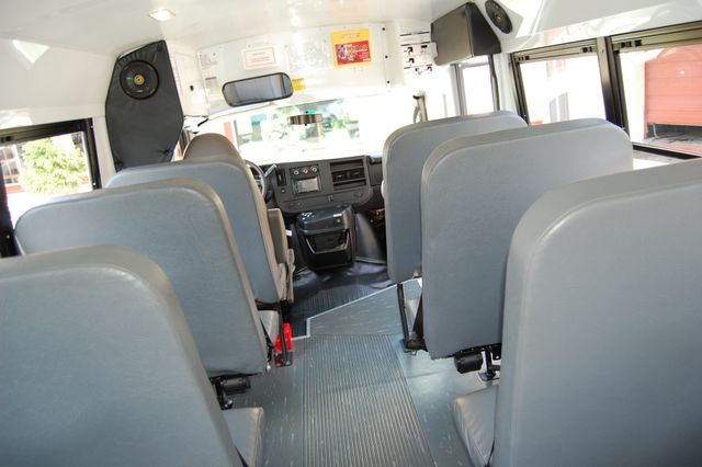 2013 Chevrolet 15 Pass. Activity Bus Charlotte, North Carolina 14